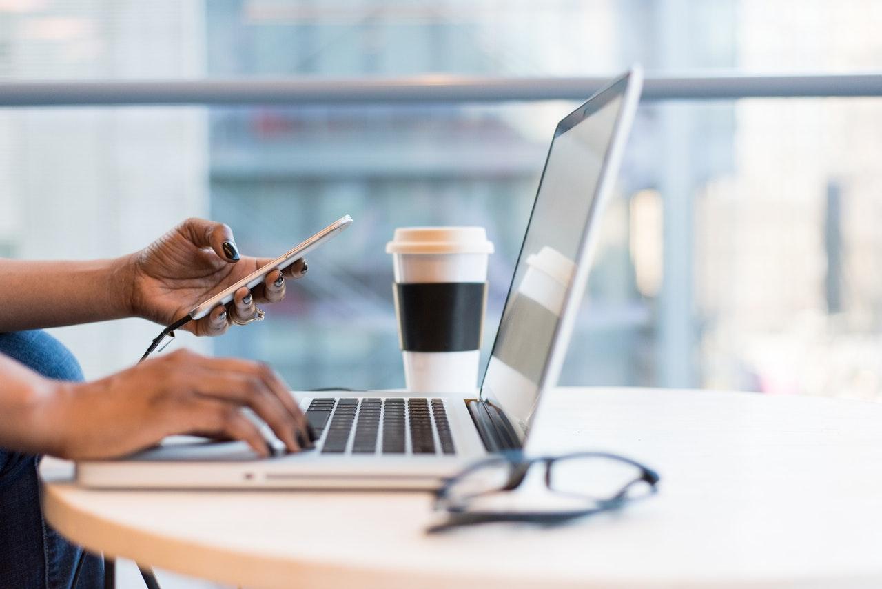 Se lancer en freelance : les documents commerciaux
